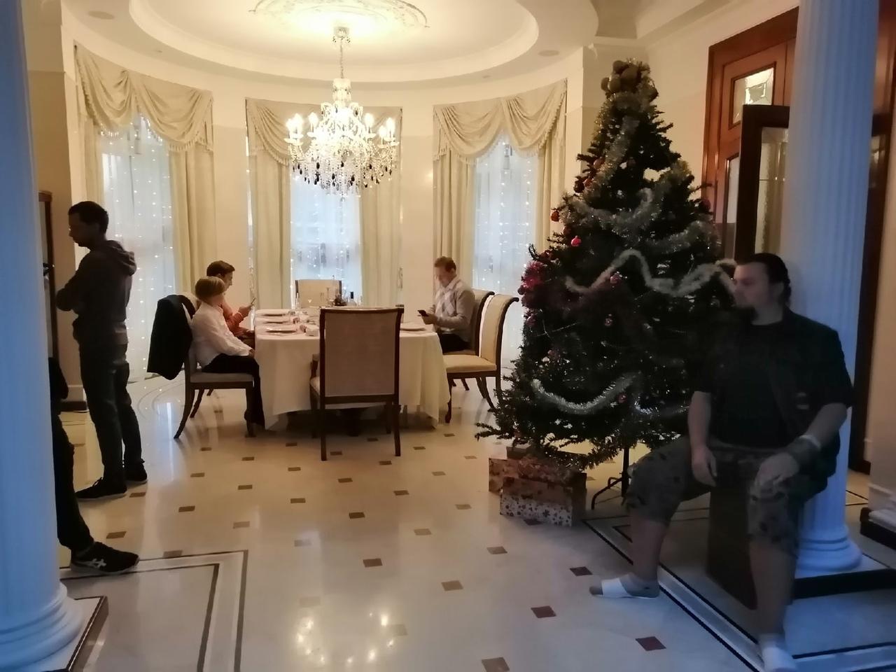 В Сети появились редкие кадры со съемочной площадки фильма «Шугалей – 3. Возвращение»