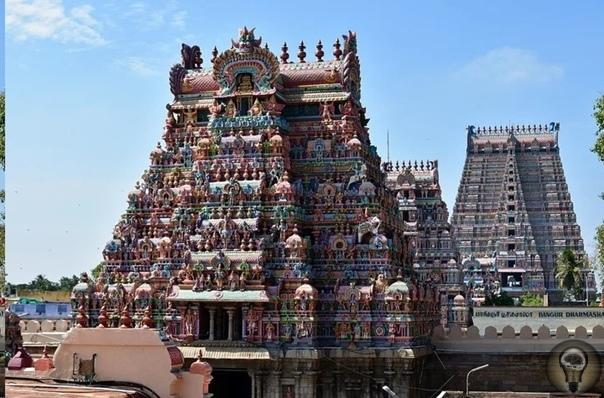 Зарпетный храм Ранганатхасвами Индия страна с очень богатой историей. На ее территории существовала ни одна древняя цивилизация, оставившая после себя множество артефактов. Поражают и местные