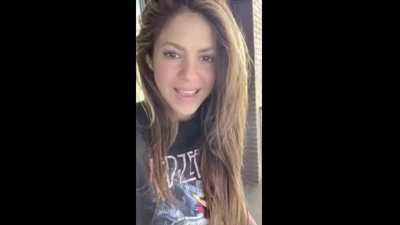 Shakira number eleven stan twitter 360p mp4