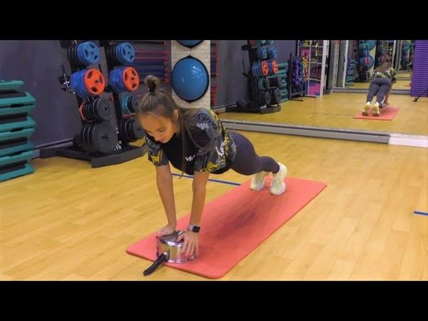 Ирина Vforme доказала что с помощью кастрюли можно не только сварить борщ но и натренировать мышцы