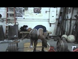 Johnnie Jackson Powerlifting Training 1-3-12