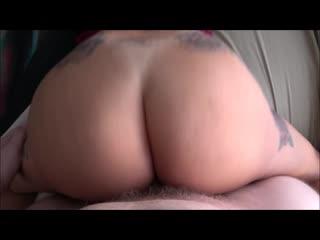 Трахает зрелую маму в красном платье, POV sex family incest porn tit boob busty ass butt pussy (Инцест со зрелыми мамочками 18+)