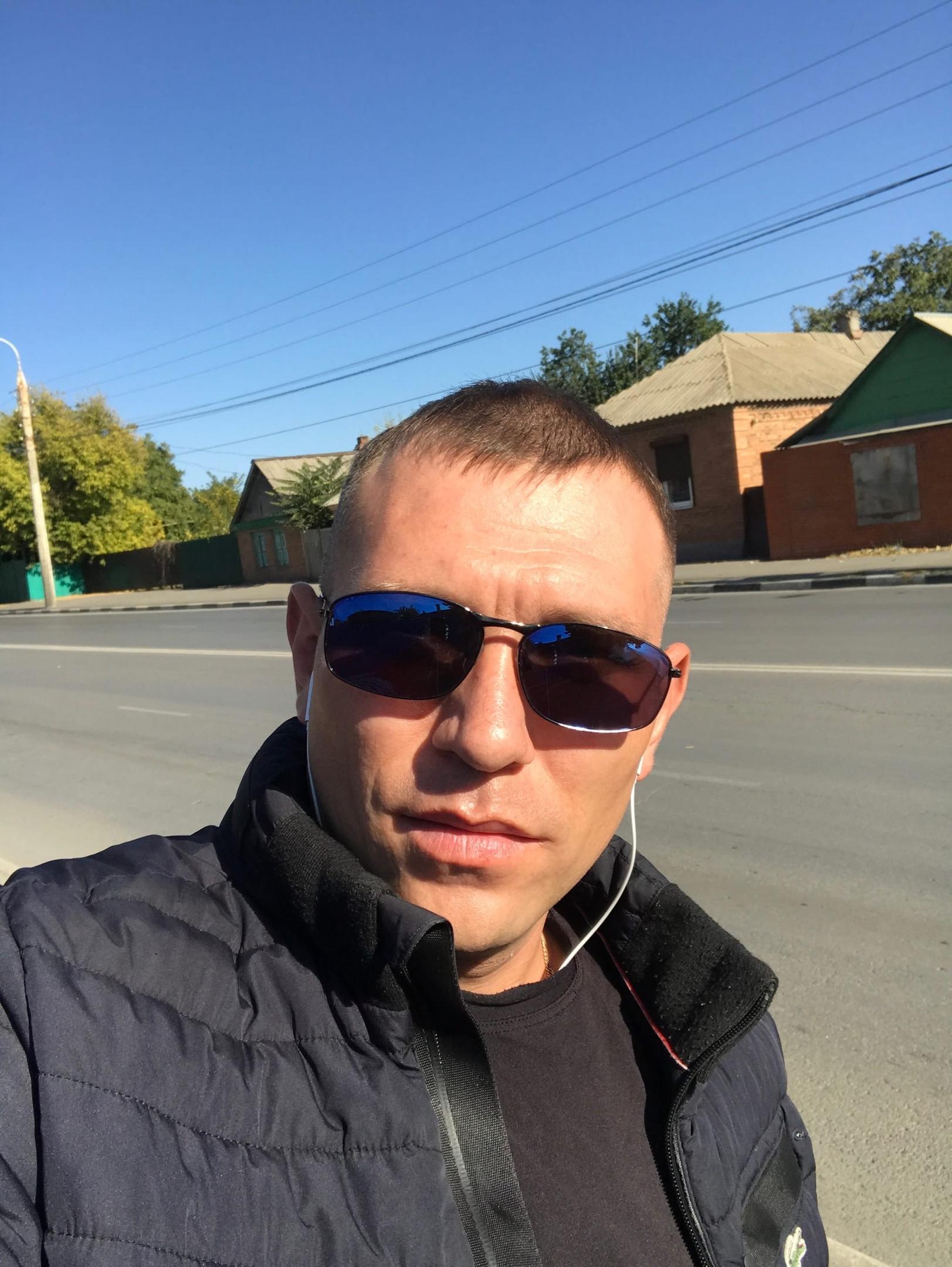 Александр, 32, Shakhty
